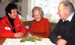 Die Mitarbeiter des Besuchsdienstes des Roten Kreuzes sind gern gesehene Besucher